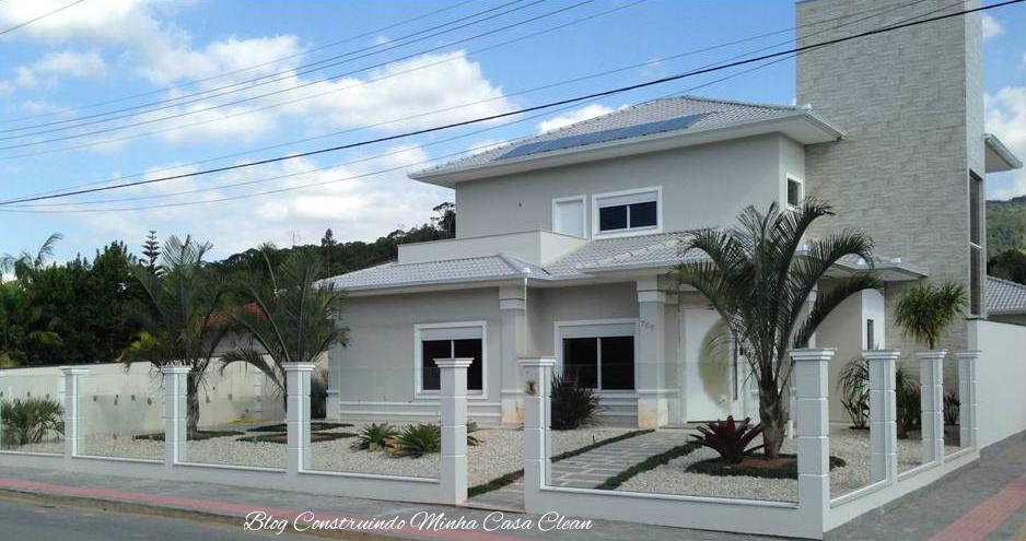 ideias jardins moradias : ideias jardins moradias:13- Casa linda, toda murada de vidros com vigas de concreto! Super