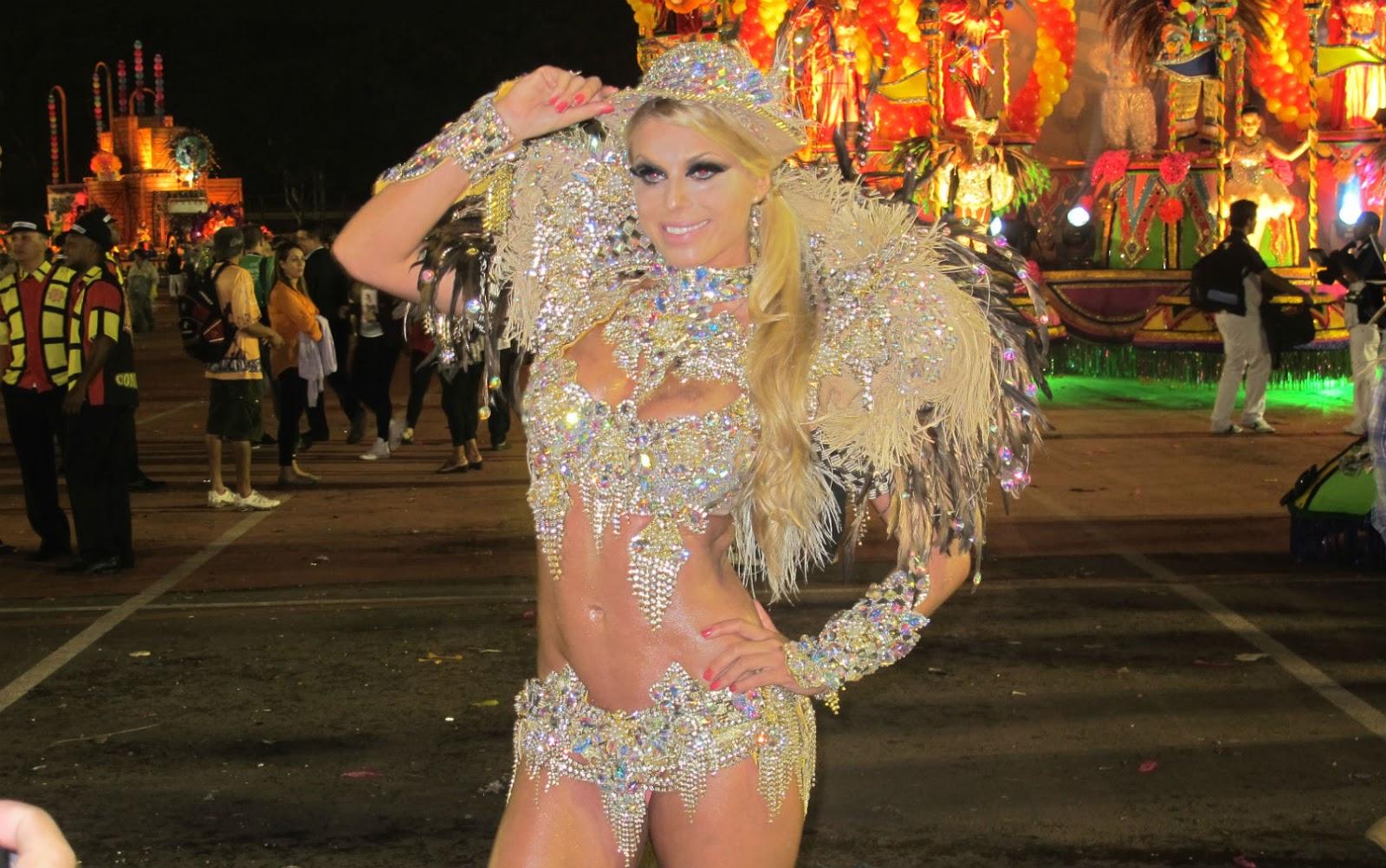 Fotos dos famosos no carnaval 2013 32