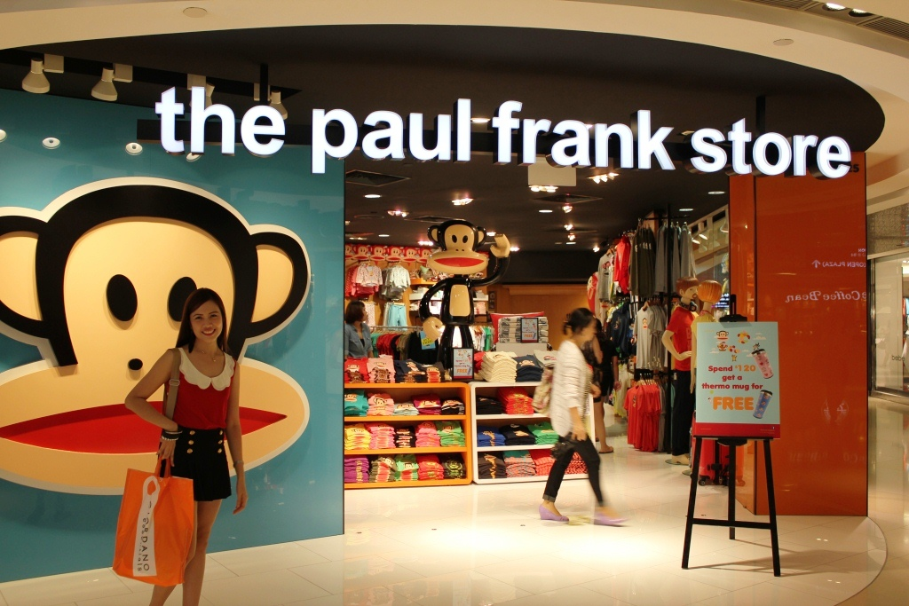 Shop designer items by Paul Frank online. Choose the perfect piece for you: easy, quick returns and secure payment!