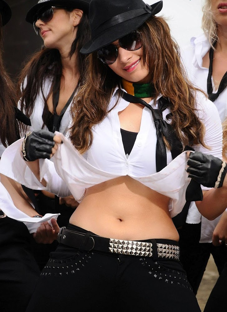 Tamanna Bhatia Hot And Sexy HD Images Showing Navel And Cute Thighs With Tight White Dress And Black Bra Black Fant