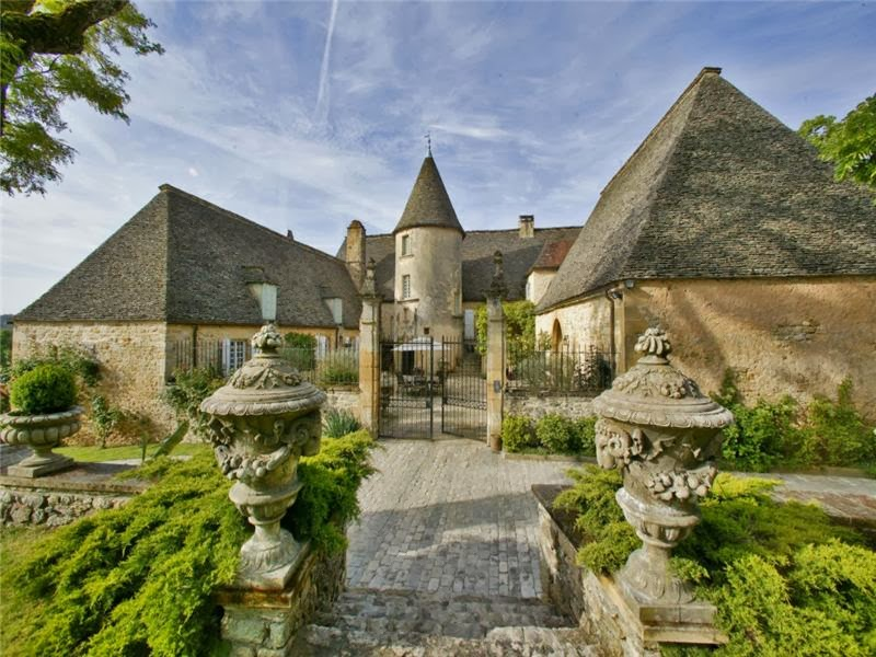 Passion For Luxury Historical Property In Dordogne