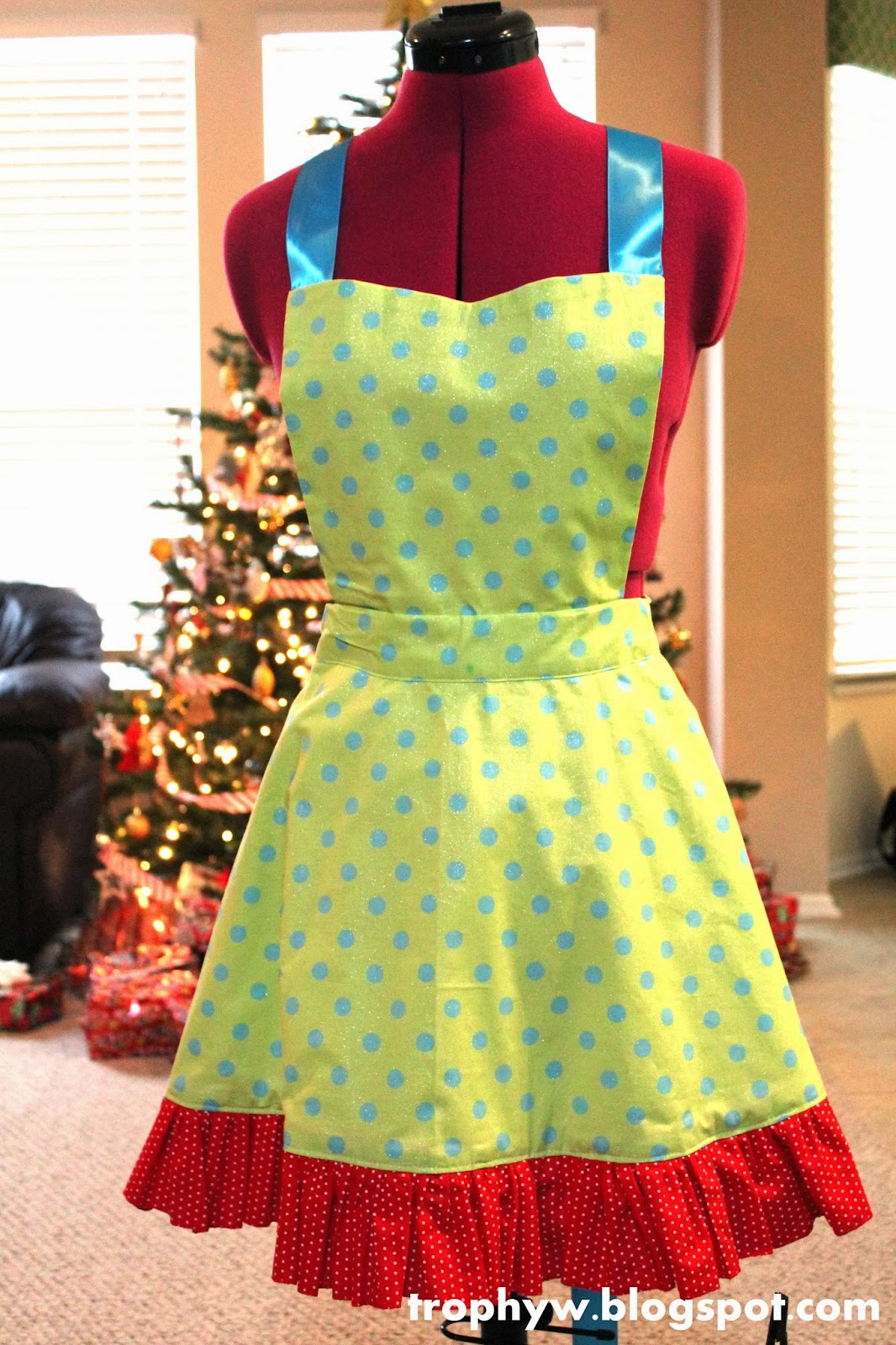 Tales of a trophy wife christmas apron