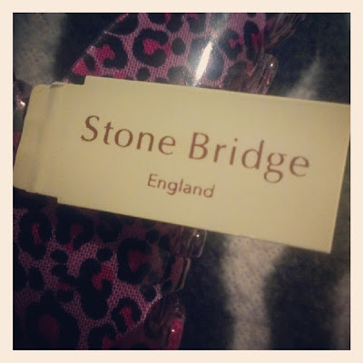 Stone Bridge hair accessories branded tag lable