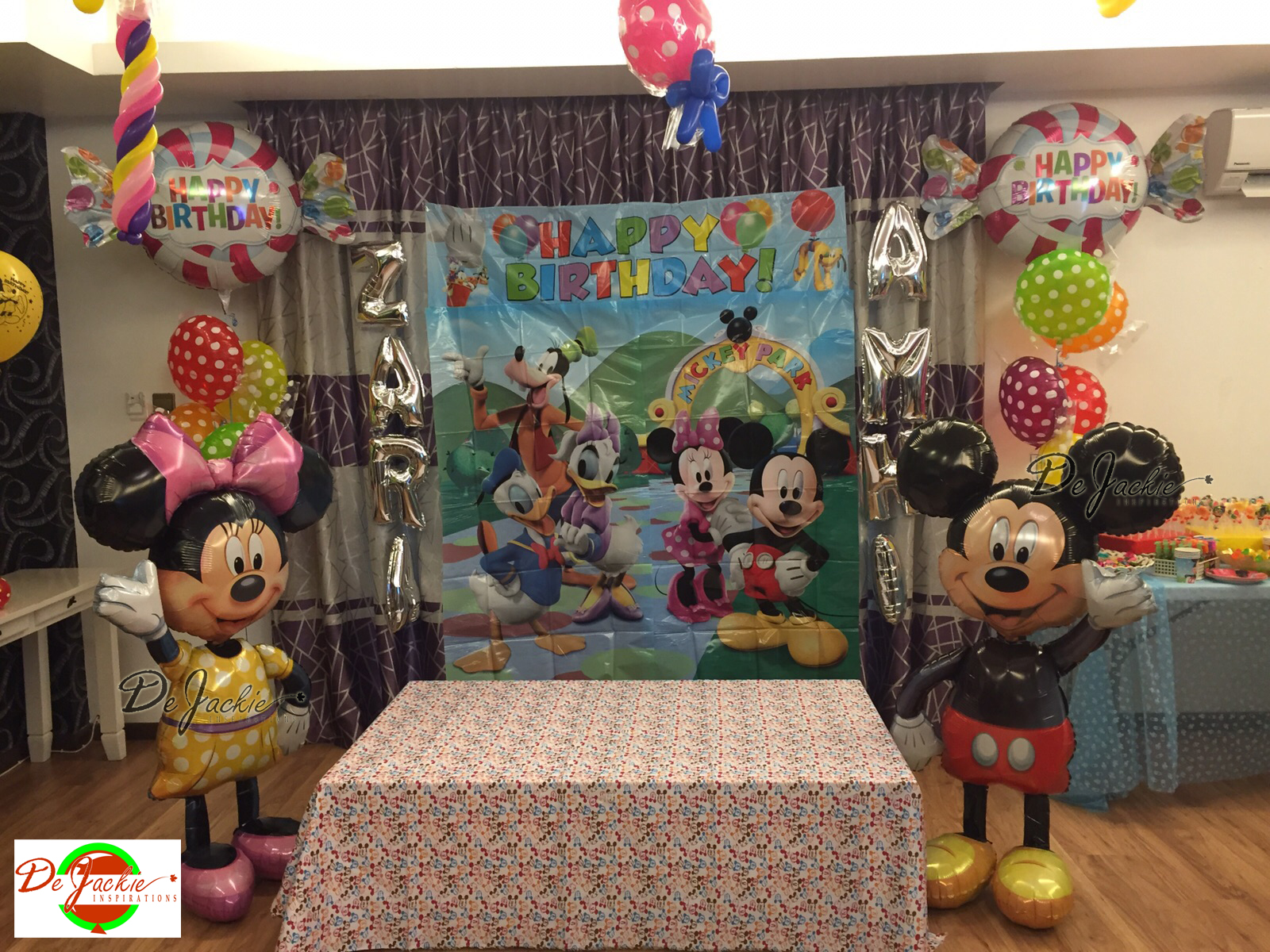 Decoration bapteme theme mickey 28 images event for Decoration bapteme