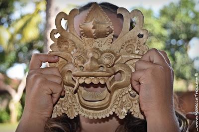 Rebecca maschera indonesiana 2013 rebeccatrex