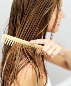 तैलीय बालों की सफाई
