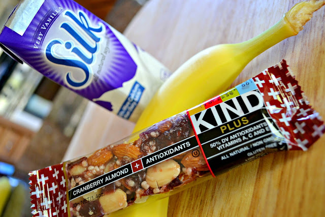 MommyTesters easy breakfast from Safeway Vons #cbias #BreakfastSavings Silk soy milk with fruit and Kind bar