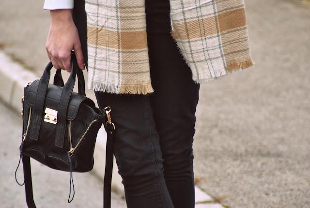 hm tartan scarf, annaxi mini satchel black, phillip lim lookalike, mini pashli bag, fashion blog blogger, style blogger