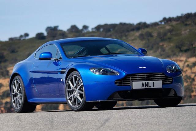 2012-Aston-Martin-V8-Vantage-S-coupe-wallpaper
