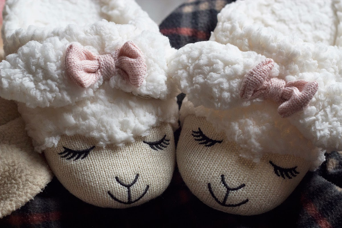 bath and body works lambie slippers