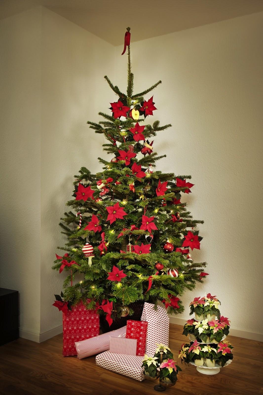 Marzua las bolas de navidad m s naturales un rbol - Arboles de navidad artificiales decorados ...