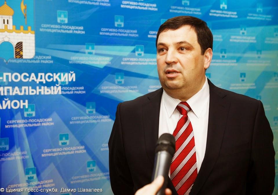 Олег Лисов привозит в район всё новые проекты с военно-патриотическим уклоном.