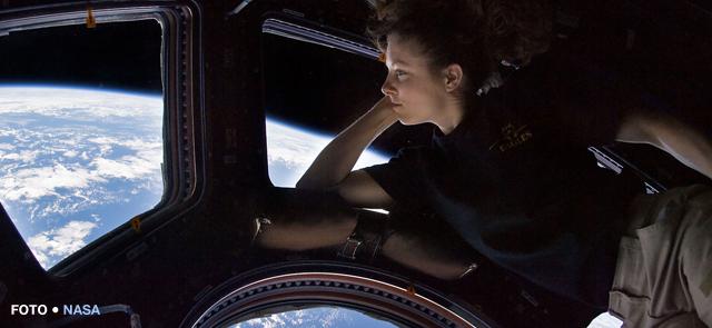 terra vista do espaço em tempo real