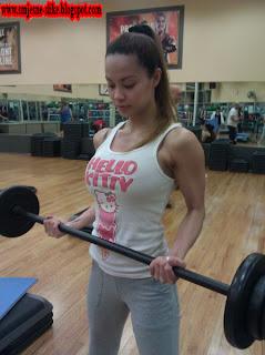 Treba, bilda, biceps, cura, djevojka, fitnes