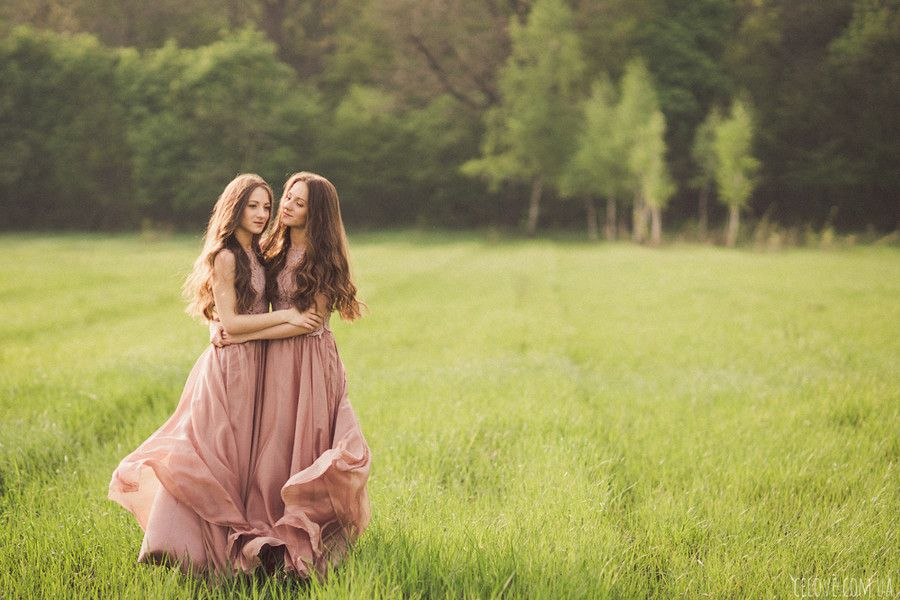 4. Twins by Anna Gorbenko