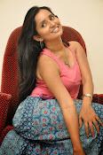 Ishika Singh Latest Glamorous Photos-thumbnail-2