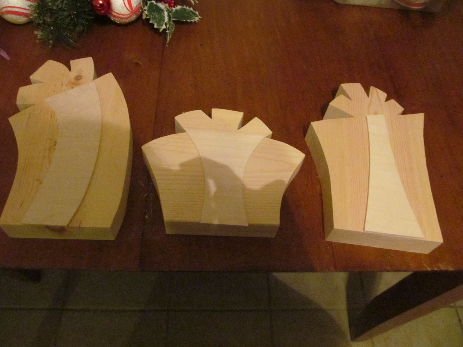 Wood Creations Christmas Present Wood Craft Tutorial By Guest