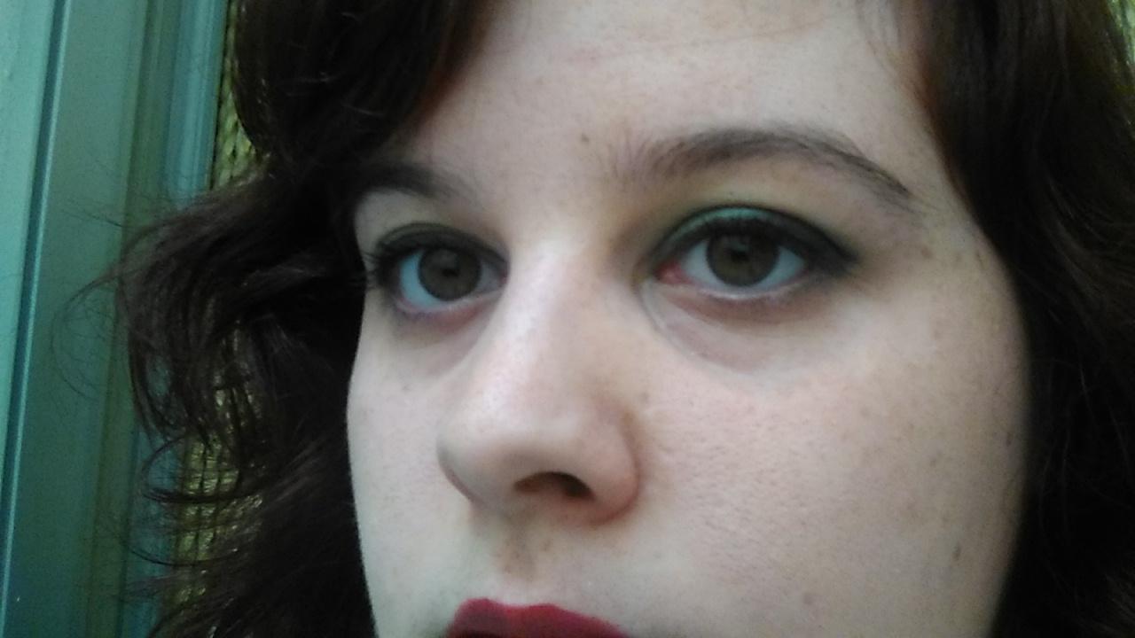 El estante de Rhiri: Cambio radical + maquillaje