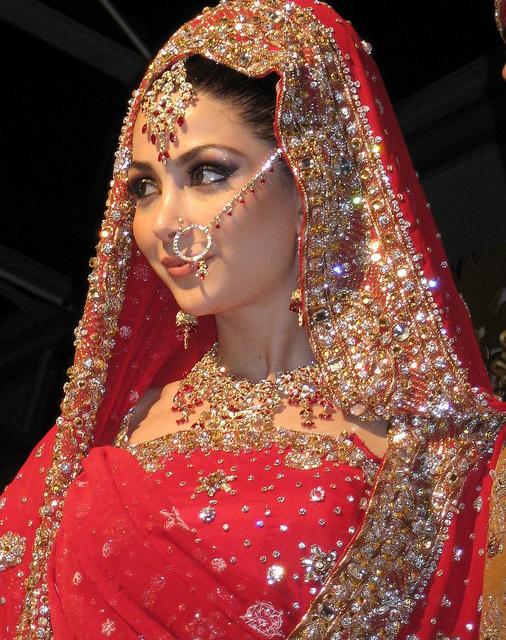 Bridal Makeup Different Cultures : Beauty Culture: Bridals Dressings