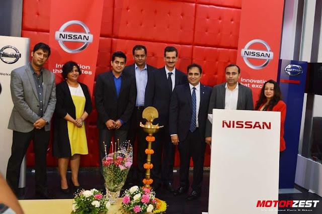 Ritu Nissan 200 Showroom Launch, Arun Malhotra, Manoj Lalwani, Lavanya Wadgaonlar