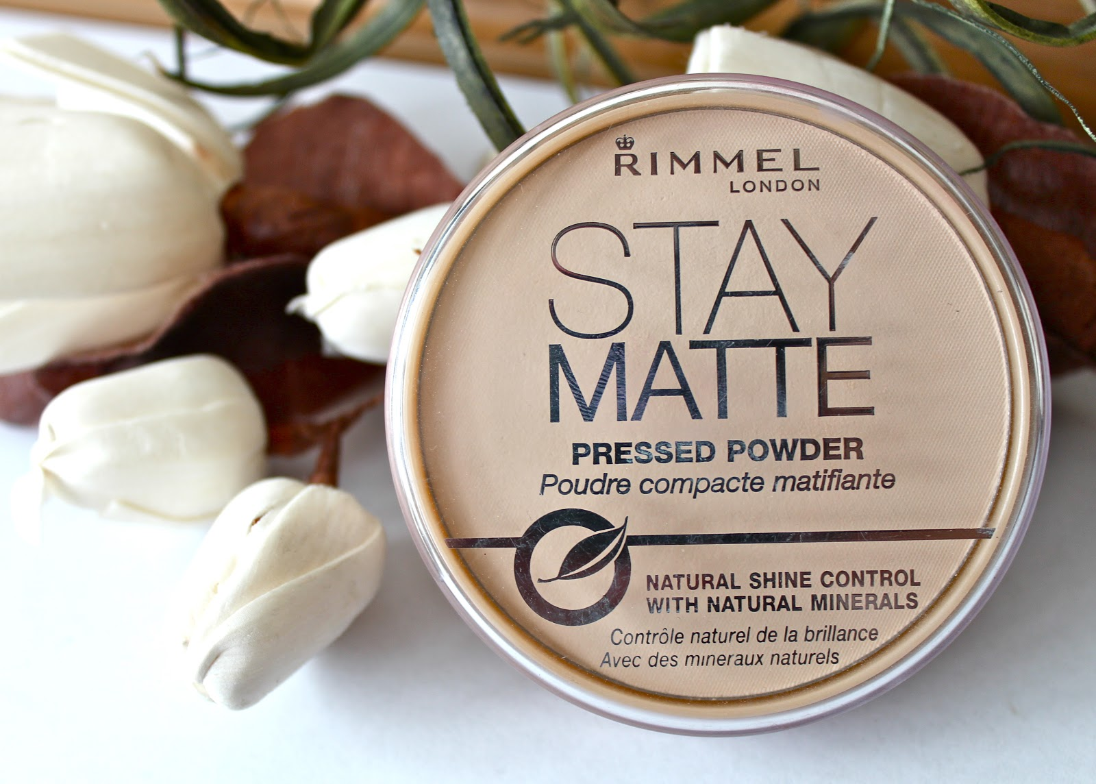 Review Rimmel Stay Matte Pressed Powder Couture Girl London