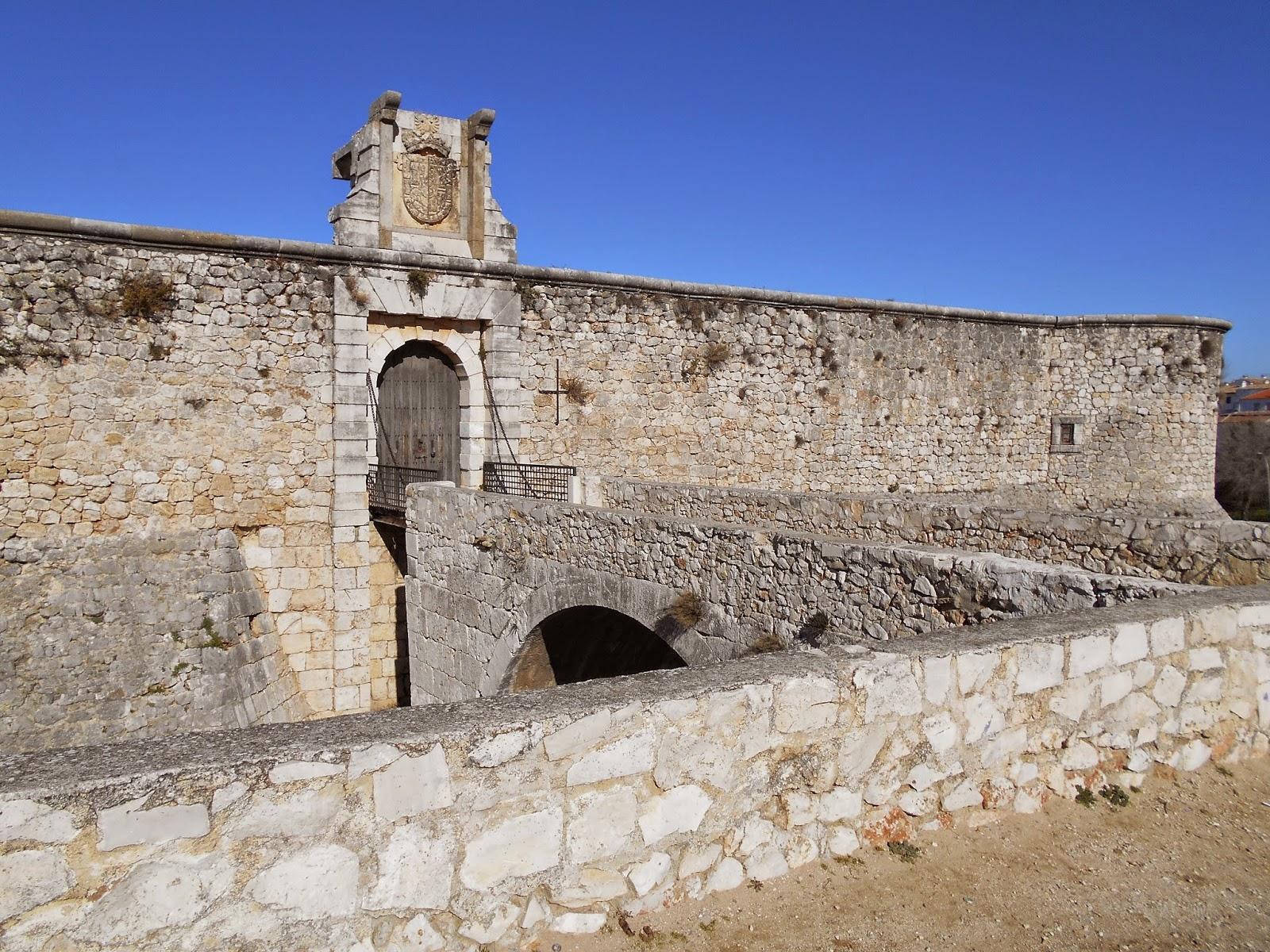 Castillo de Los Condes, abandonado desde el siglo XVIII