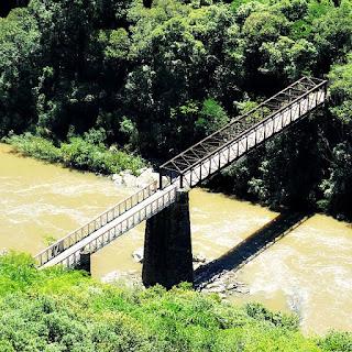 Porte dos Korff, sobre o Rio das Antas, em Criúva, Caxias do Sul.