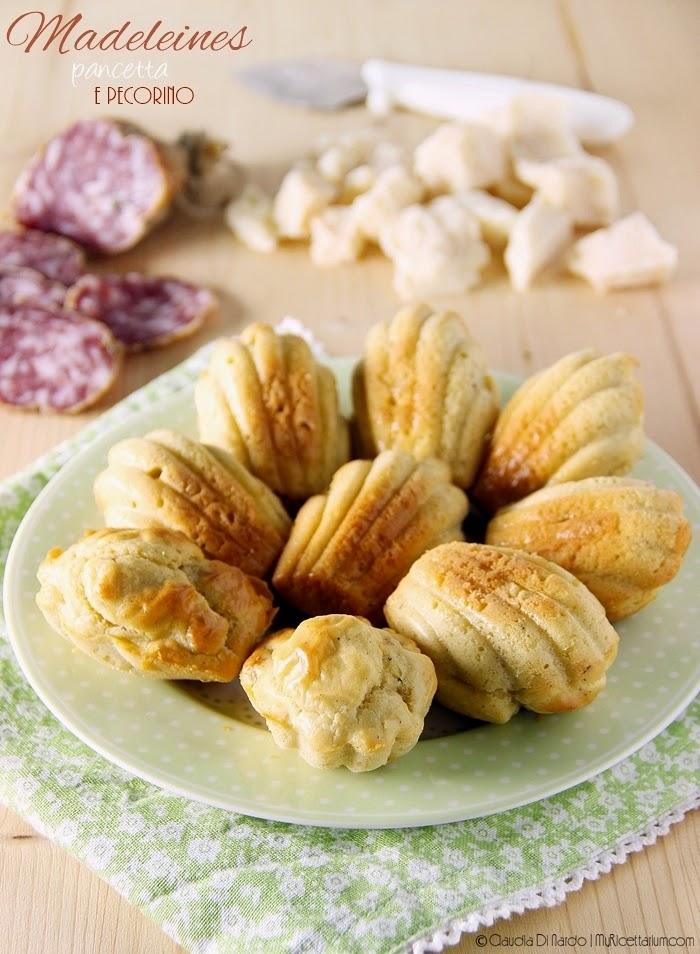 Madeleines con pancetta e pecorino