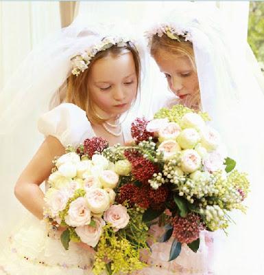 Brautkleider für Mädchen