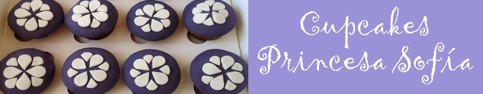 http://deliciaskawaii.blogspot.com.es/2014/03/tarta-y-cupcakes-princesa-sofia.html