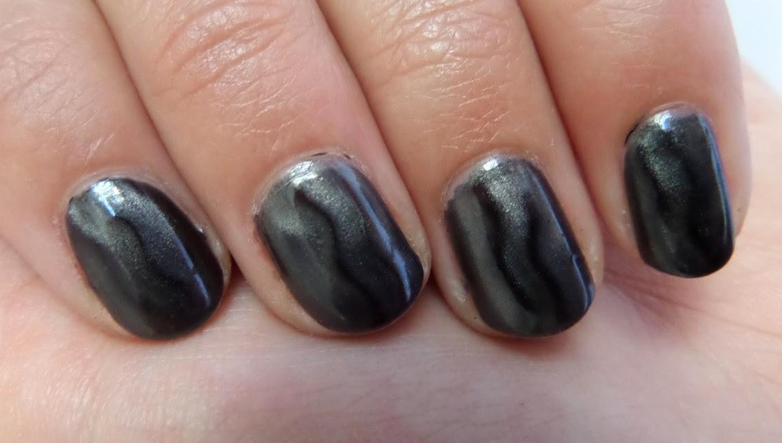 [Nagellack] Kiko - Magnetic nail lacquer 707 (charcoal)