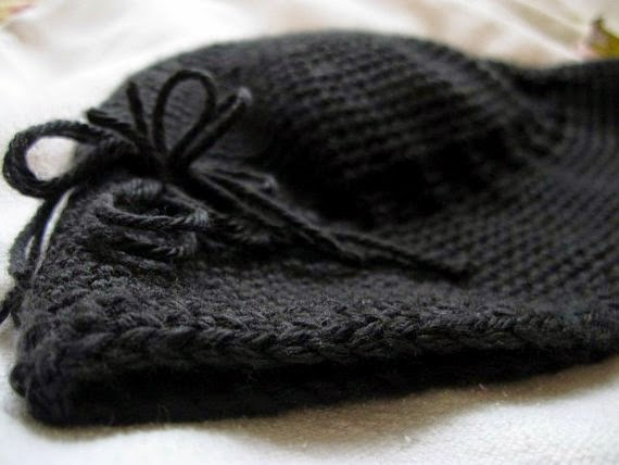 https://www.etsy.com/listing/118430528/crochet-hat-black-pull-on-cloche?ref=shop_home_active_13