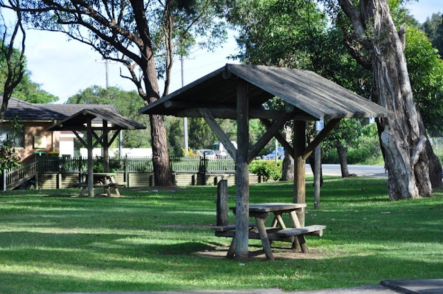Picnic tables at end of Koolewong shared cycle/walking path.