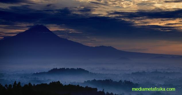 Benarkah Tanah Jawa Adalah Negeri Para Nabi?