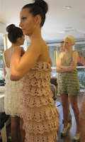 Вязаное крючком платье в рюшами