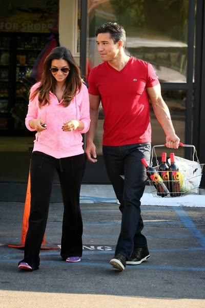 Ben Affleck picks up his daughter Violet from school and then takes ...