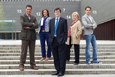 El hermano de Miguel Induráin, con otros miembros de UPN