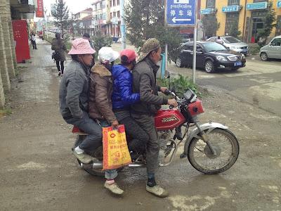 bike people crammed
