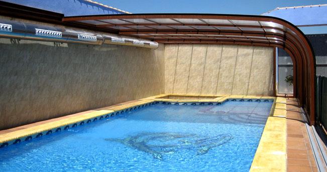 Cubierta para el techo de su piscina telesc pica for Techos para albercas