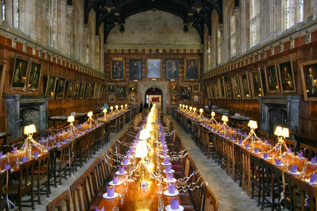 La biblioteca de seshat sigue al conejo blanco 6 hogwarts for Comedor harry potter