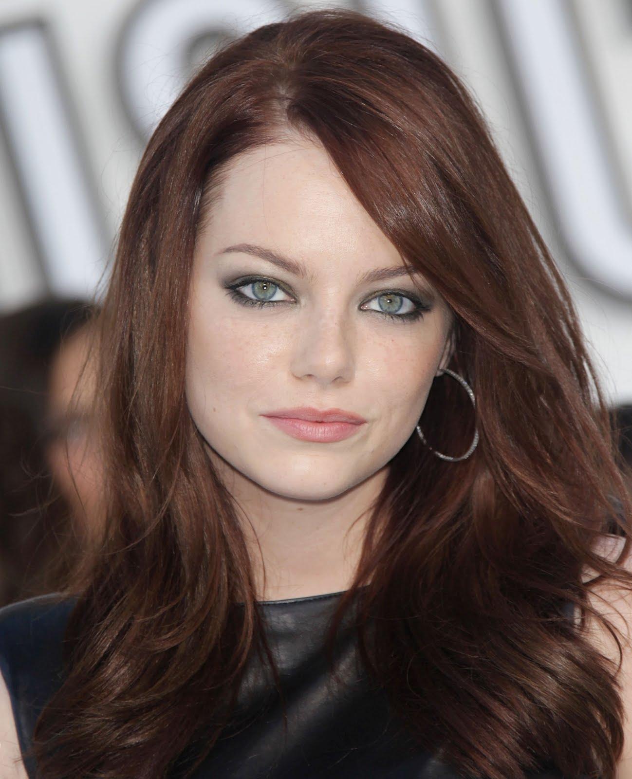 http://2.bp.blogspot.com/-q5d5CLY0aZQ/T30IJbsJ3NI/AAAAAAABSdw/S4L3Ri2jM1k/s1600/Emma-Stone-Green-eyes.jpg