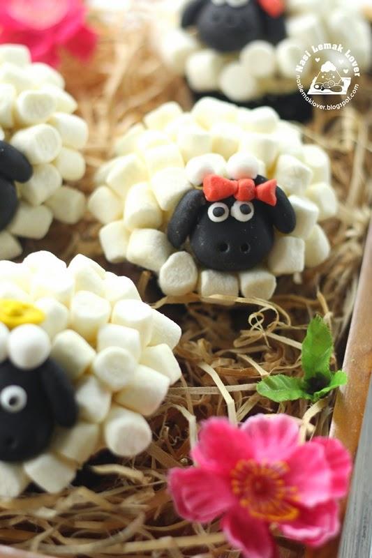 Nasi Lemak Lover Sheep Cupcakes 绵羊纸杯蛋糕 喜气羊羊 2015