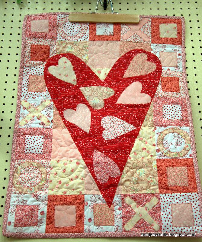 Monthly Calendar Quilt Patterns : Aunt judy s attic february calendar quilt