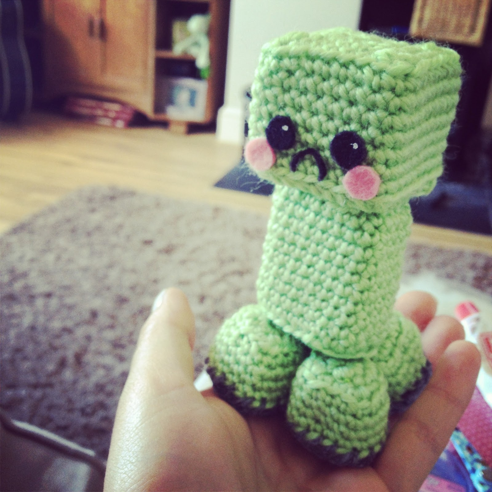 Amigurumi Crochet Patterns Free Doll : Amigurumi crochet creeper ~ Hooked by Robin