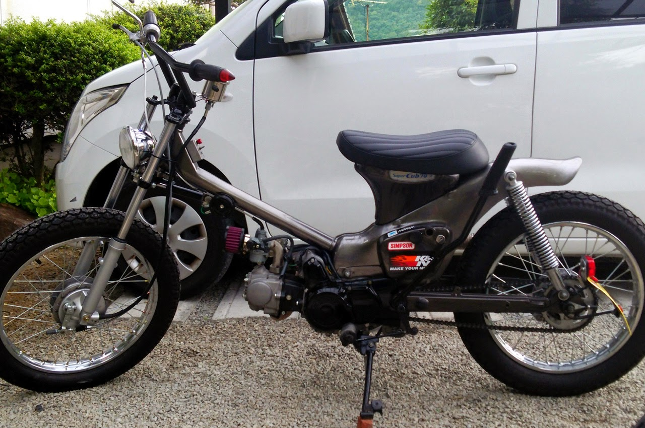 CRAZE GENUINE CUSTOM BLOG : separate gas tank cub from JAPAN