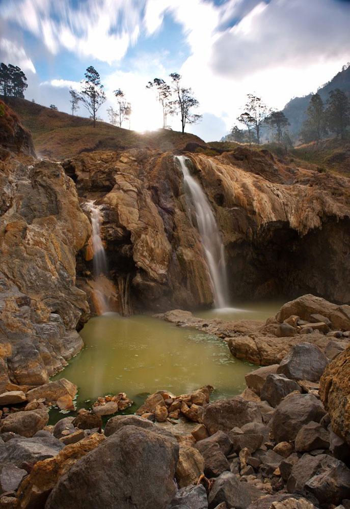 Sumber air panas Aik Kalak di Danau Segara Anak - Gunung Rinjani