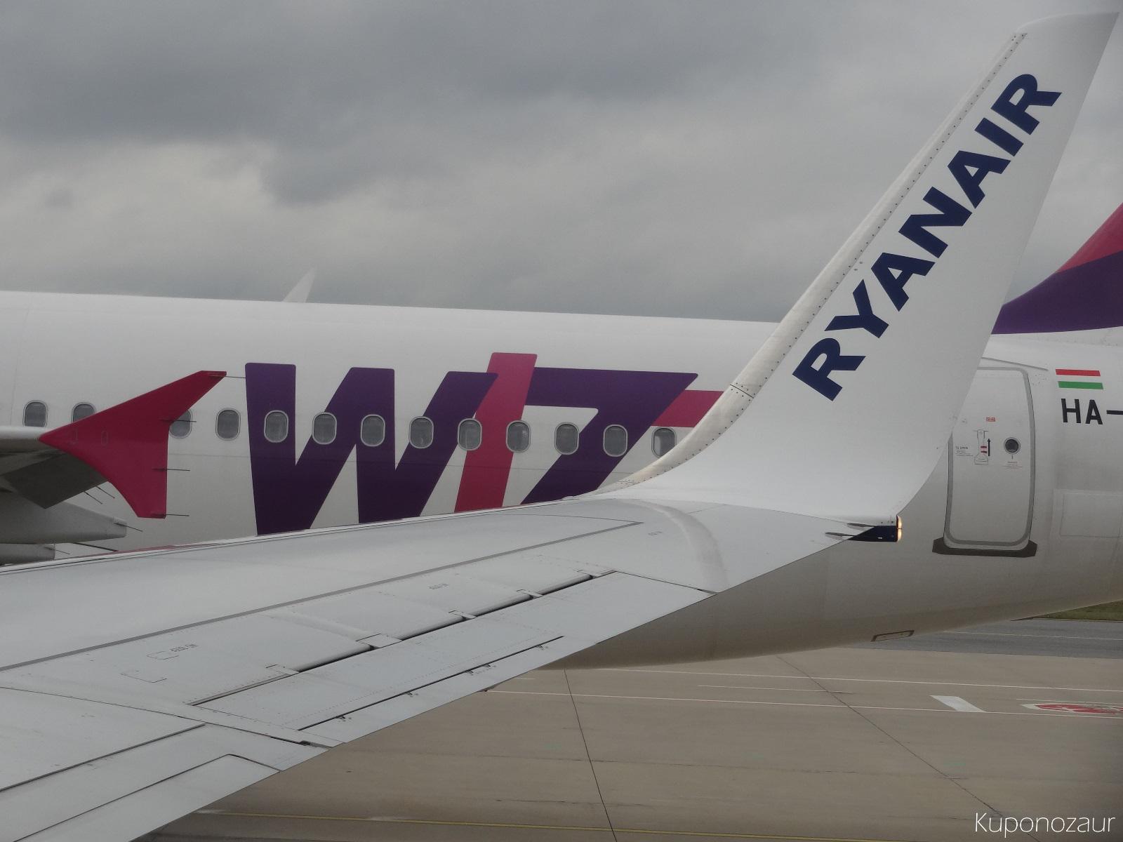 Konkurencja samoloty Wizzair i Ryanair