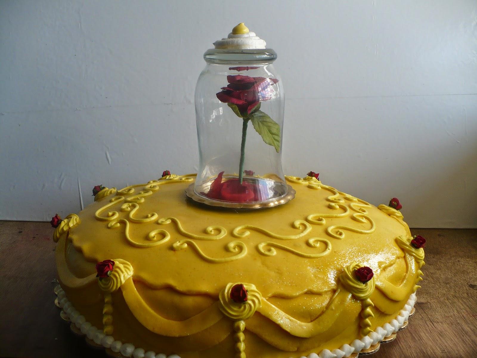 Sra. América: Torta de la Bella y la Bestia. Rosa Encantada