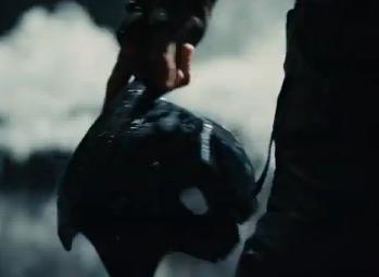 [Obrazek: Broken+Batman+mask.png]