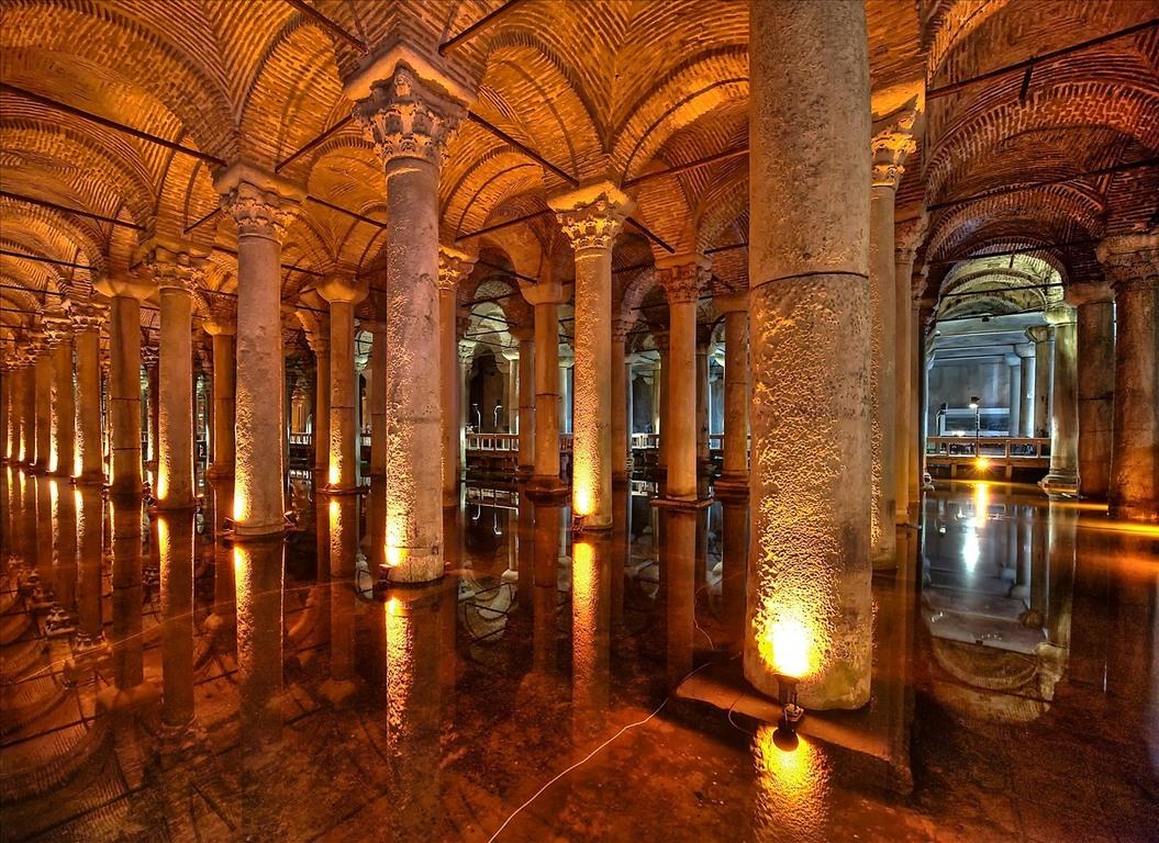 The Basilica Cistern ( Yerebatan Sarayı ) ~ ISTANBULS